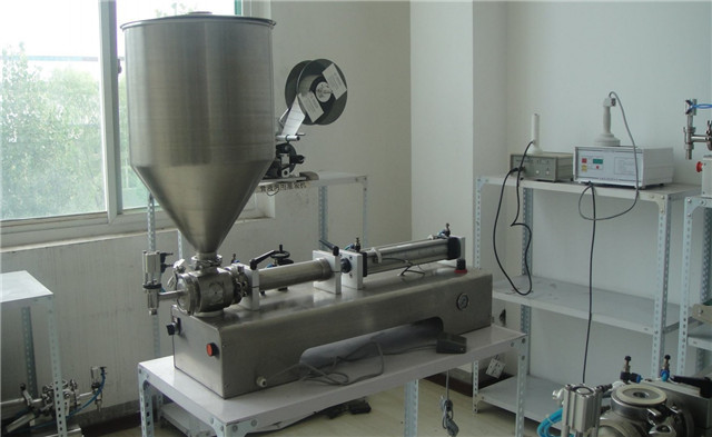 semi automatic tabletop pneumatic liquid&paste piston filling machine 50-1000ML for cosmetic&pharmaceutical cream lotion